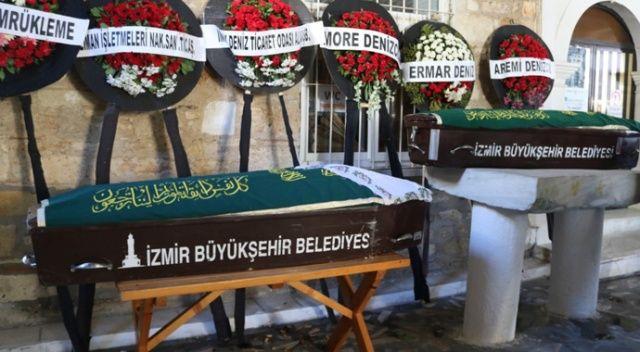İzmir'deki yangında can veren anne ve oğlu yan yana defnedildi