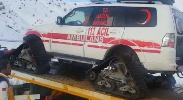 Kar nedeniyle mahsur kalan yaşlı kadın, paletli ambulansla hastaneye ulaştırıldı