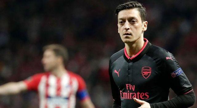 Mesut Özil'in ismi takıma verildi