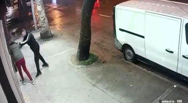 Pes dedirten olay! Erkek arkadaşından sokak ortasında şiddet gördü şikayetçi olmadı