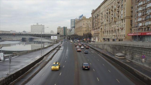 Rusya'da otobüs devrildi: 15 ölü