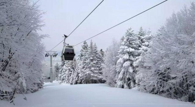 Sezona günler kala kar yağışı başladı! Rezervasyonlar kilit