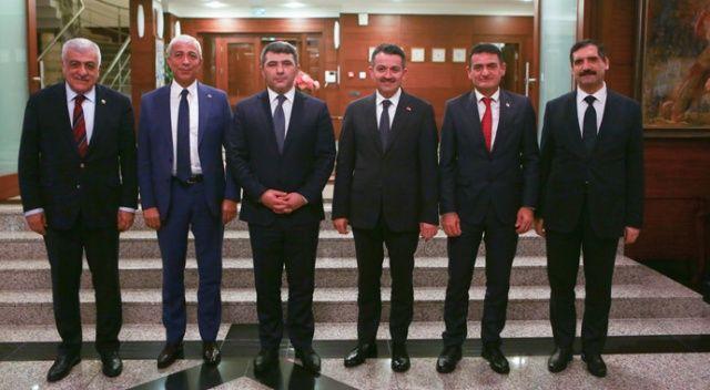 Tek millet, üç devlet tarım bakanları Bakü'de bir araya geldi