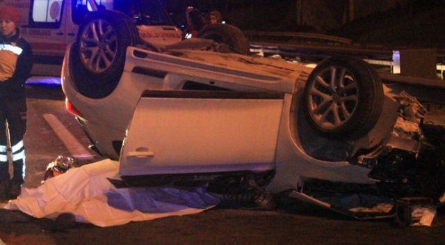 TEM'de korkunç kaza! Otomobil kamyona arkadan çarparak takla attı: 2 ölü, 1 yaralı