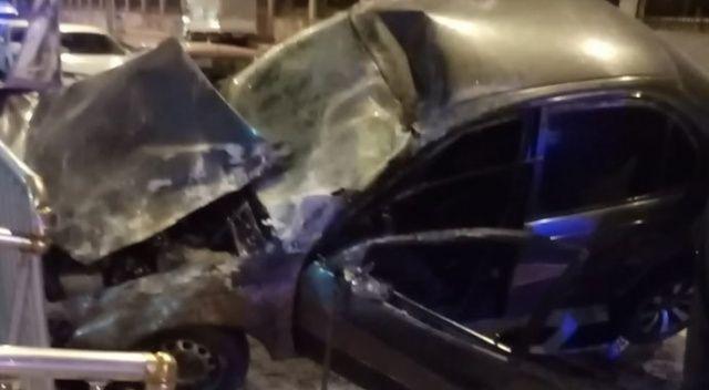 Alkollü sürücü park halindeki otomobil üzerine çıktı