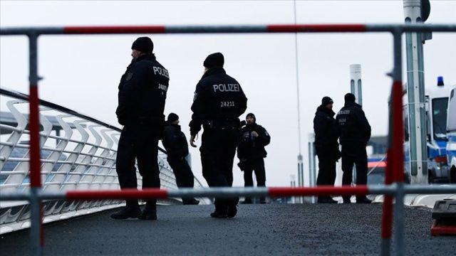 Almanya'da silahlı saldırı! Çok sayıda kişi hayatını kaybetti