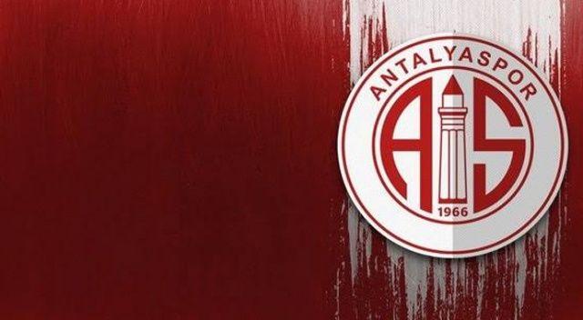 Antalyaspor, Podolski'yi resmen açıkladı
