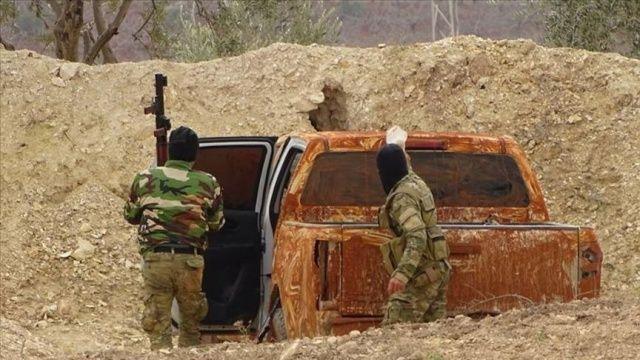 Askeri muhalifler İdlib'de ilerlemeye çalışan rejim güçlerini püskürttü