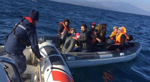 Ayvalık'ta 18 düzensiz göçmen Sahil Güvenlik'ten kaçamadı