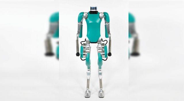 Bu robot  insan gibi hareket ediyor
