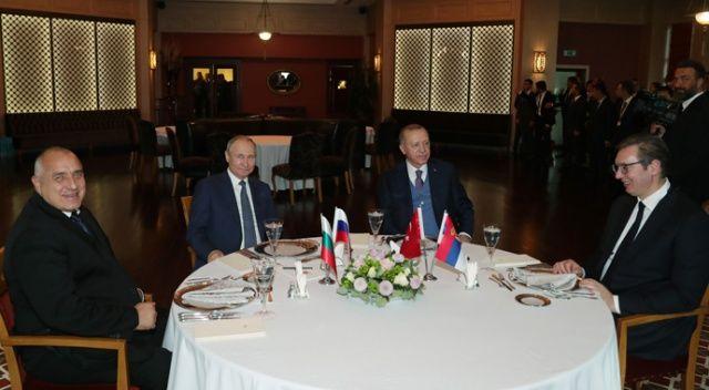 Cumhurbaşkanı Erdoğan, liderleri yemekte ağırladı