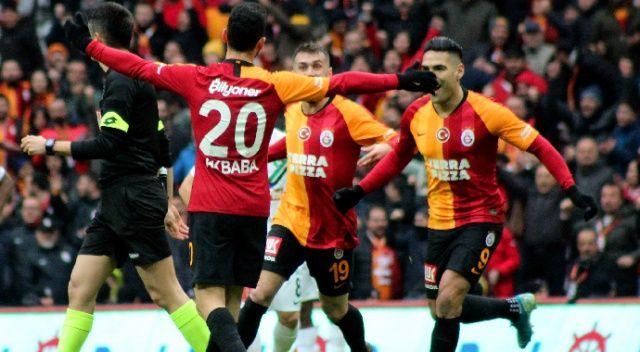 Galatasaray, Denizlispor'u 2-1 mağlup etti