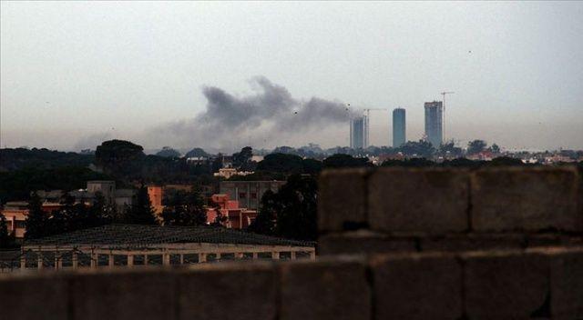 Hafter milisleri Mitiga Havalimanı'nı vurdu