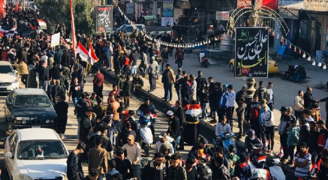 Irak'ta protestolar yeniden alevlendi: 2 gazeteci öldürüldü