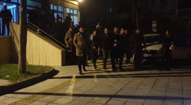 İzmir'de zehir tacirlerine darbe: 10 kişi tutuklandı