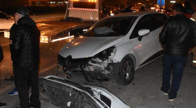 İzmir'de zincirleme kaza: 2'si ağır 3 yaralı