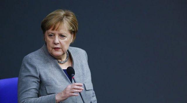 Merkel'den Hafter ve Sarraç'a Libya Konferansı daveti