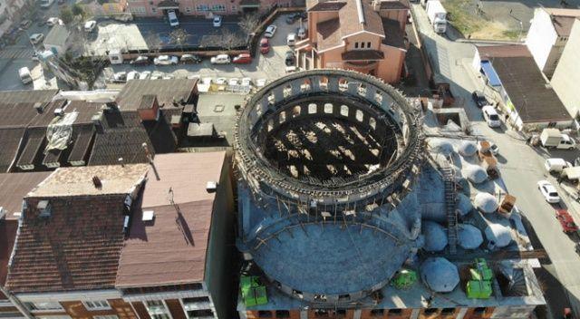 Sultangazi'de inşaat halindeki caminin kubbesi çöktü