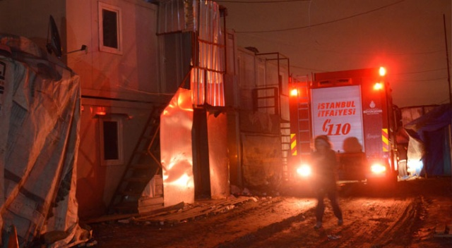 Sultangazi'de işçilerin kaldığı konteynerde yangın!