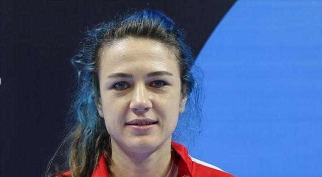 Türk voleybolunun 'Mavi Şimşek'i gözünü olimpiyat madalyasına dikti
