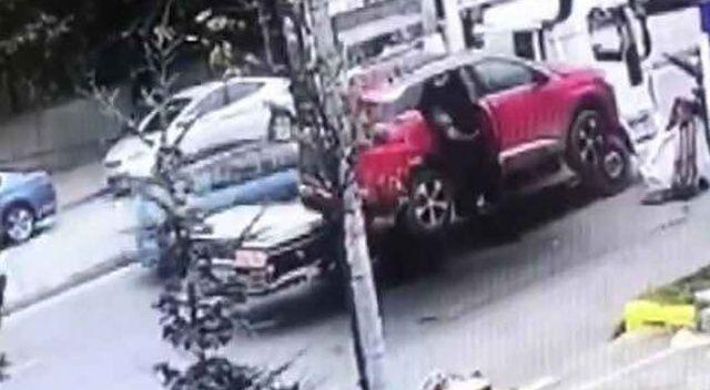 Valilikten araçtan düşen kadın ile ilgili soruşturma açıklaması