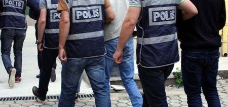 İzmir'de, FETÖ'den adliyeye sevk edilen 106 askerden 82'si tutuklandı