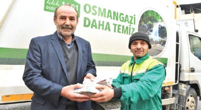 125 bin lira buldu sahibine teslim etti