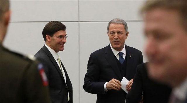 Bakan Akar ABD'li mevkidaşı Esper ile görüştü