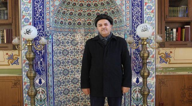 Beyoğlu'nda imam evsizlere camiyi açtı