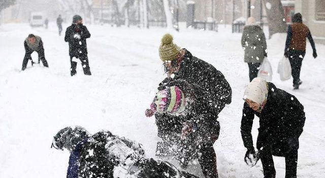 Eğitime kar engeli! İşte 11 Şubat okulların tatil edildiği tüm iller