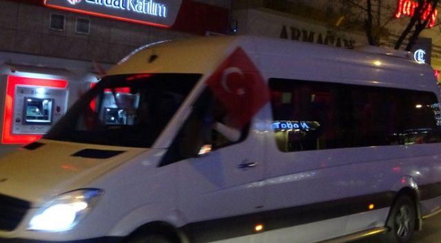 Bursa'da şehitler için birlik ve beraberlik konvoyu