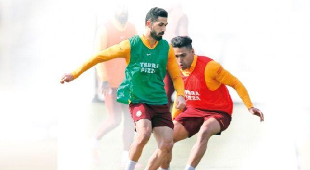 Galatasaray yönetiminden Fener maçı öncesi takıma jest