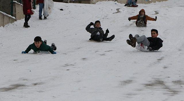 Gümüşhane'de okullar tatil edildi