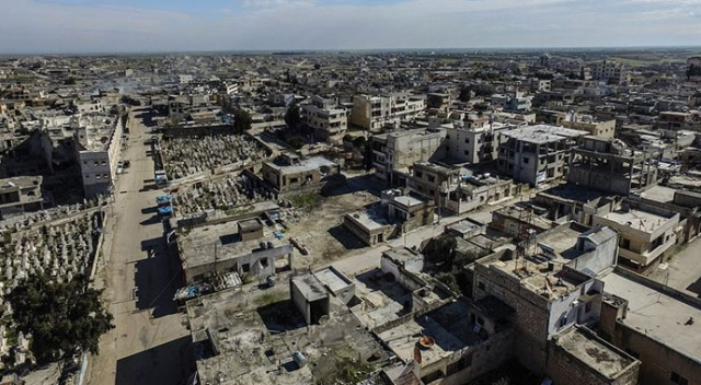 Muhalifler İdlib'in stratejik önemdeki Serakib ilçesini geri aldı