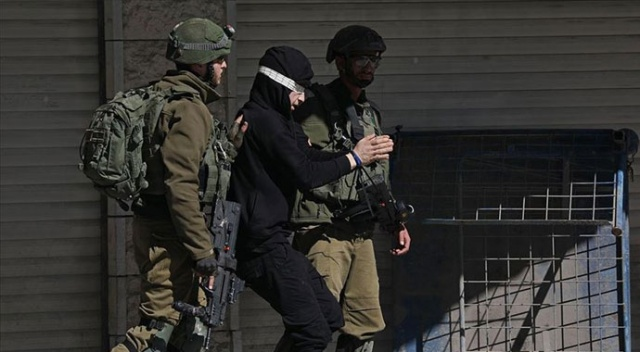 İsrail'in gözaltına aldığı 14 yaşındaki Filistinli çocuk: Ellerim bağlandı, darp edildim