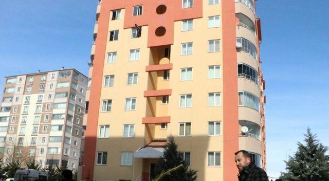 Kayseri'de korku dolu anlar; kendini kesip intihara kalkıştı