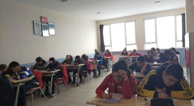 Kütahya'da bursluluk sınavlarına ilgi