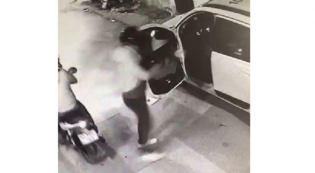 Motorla taksinin yanına yanaştı, husumetlisini tüfekle vurdu