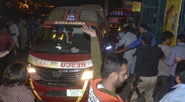 Pakistan'da bir fabrikada buhar kazanı patladı: 4 ölü, 5 yaralı