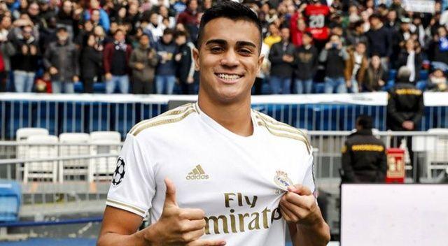 Real Madrid 18 yaşındaki yeni transferini tanıttı