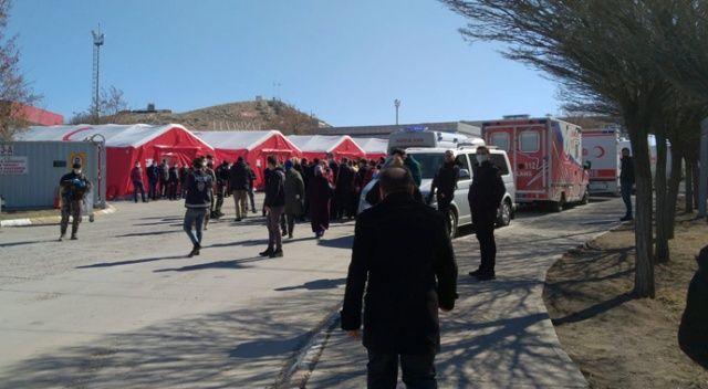 Sağlık Bakanı Koca: Sınıra Sahra Hastanesi kuruldu
