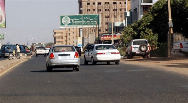 Sudan'da yakıt satışında 'karne' ve 'kota' uygulaması