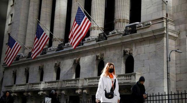 ABD'de büyük mağazalar yüzbinlerce çalışanını ücretsiz izine çıkarıyor