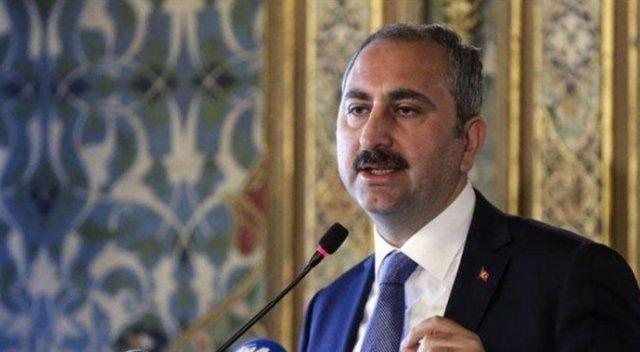 Adalet Bakanı Gül'den yaşlı adamı rencide eden kişi hakkında verilen kararla ilgili açıklama