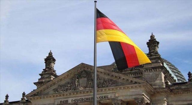 Almanya, Suudi Arabistan'a silah ihracatını durdurma kararını 9 ay uzattı