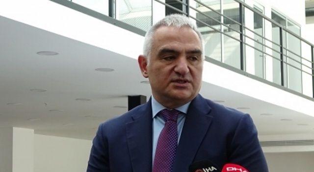 """Bakan Ersoy: """"Kültür sanat faaliyetleri Nisan ayı sonuna kadar ertelendi"""""""