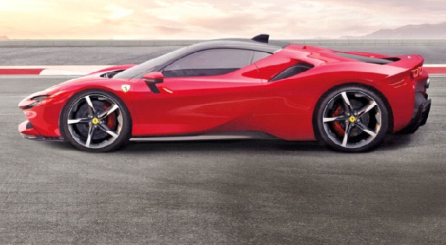 Hibrit Ferrari'ye altın ödül geldi