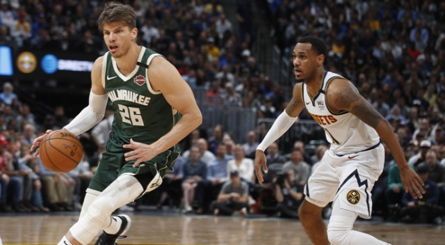 NBA lideri Bucks peş peşe 3. yenilgisini aldı