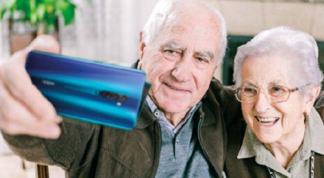 Oppo yaşlılara görüntülü  görüşmeyi öğretecek