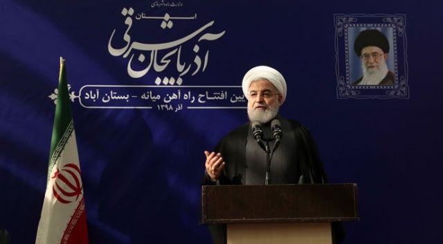 İran Cumhurbaşkanı Hasan Ruhani İranlıları virüsle mücadele kapsamında alınacak ağır tedbirler konusunda uyardı.